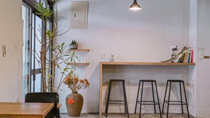 【淡水不限時咖啡廳】陳三咖啡:最貼近日常生活的咖啡,哼著一首首而熟能詳的經典老歌。 @女子的休假計劃