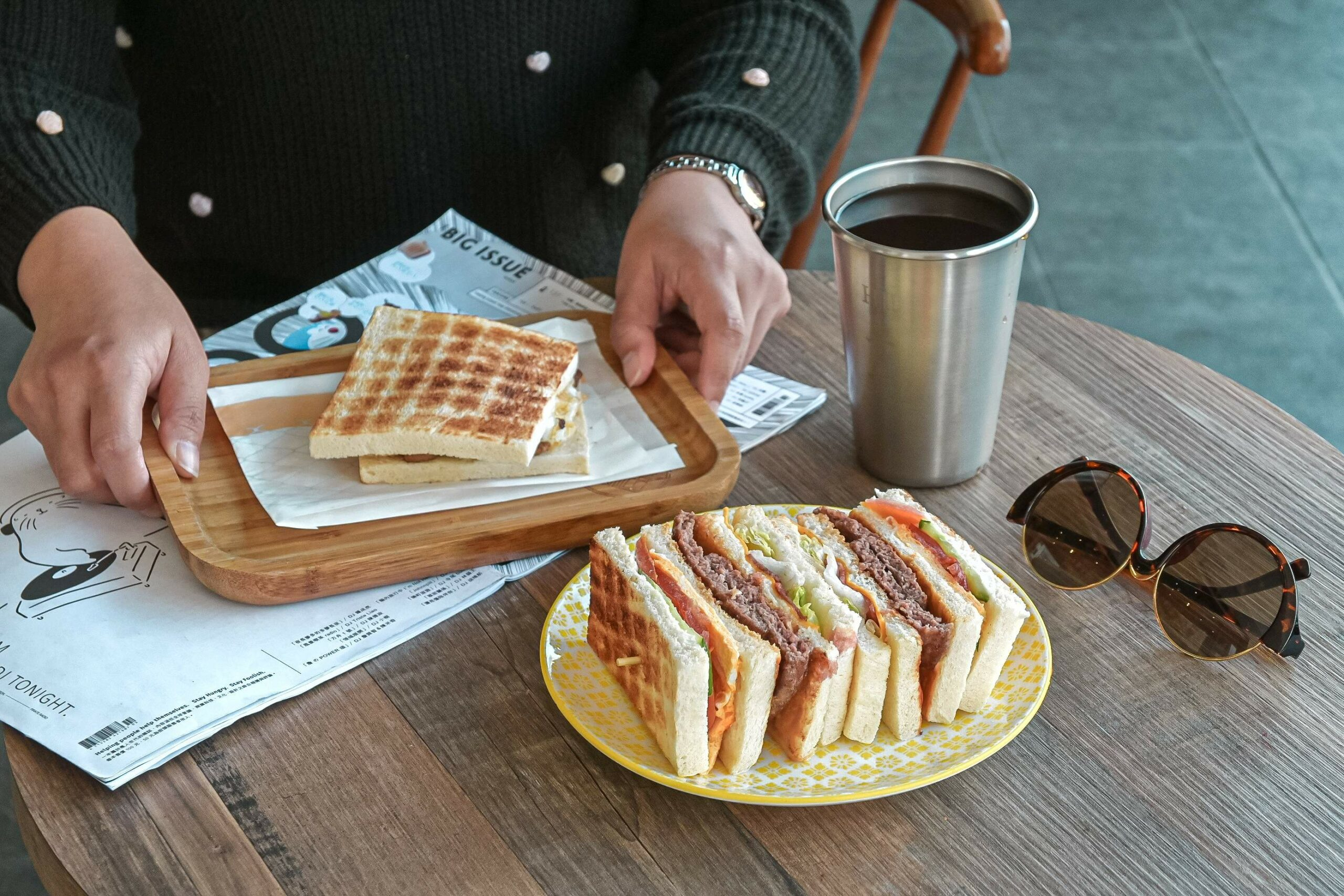 土木公社碳烤土司 復興店:台中人氣最高排隊名店,單手握不住!【台中美食】 @女子的休假計劃