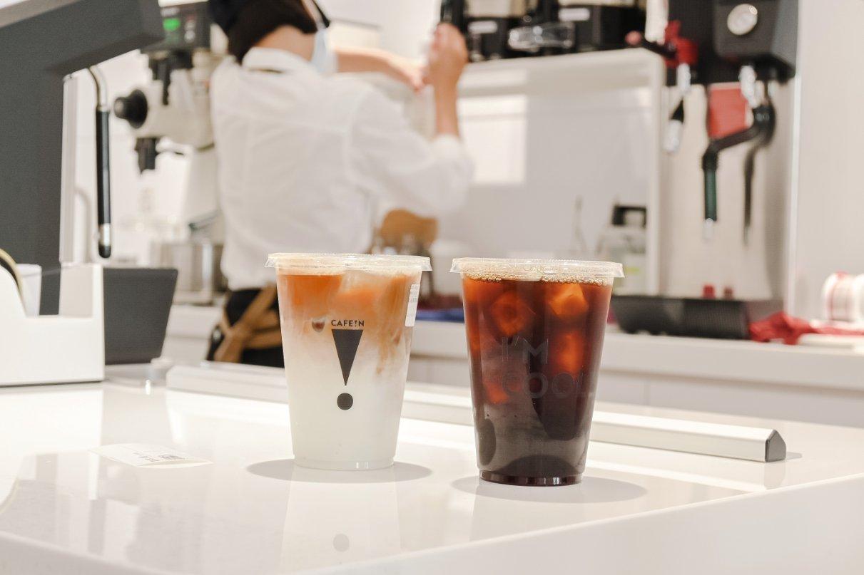 CAFE IN板橋:硬咖啡:聯名三麗鷗Hello Kitty、酷企鵝CAFE!N × SANRIO超萌可愛登場 /板橋不限時咖啡廳/ubereat外送/外帶 @女子的休假計劃