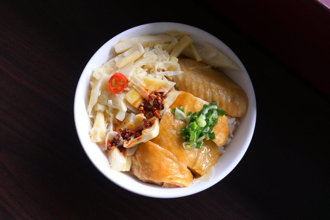 東門文昌雞飯:需要叫號碼牌的超夯台味小吃,人氣超旺在地排隊美食/新竹必吃 @女子的休假計劃