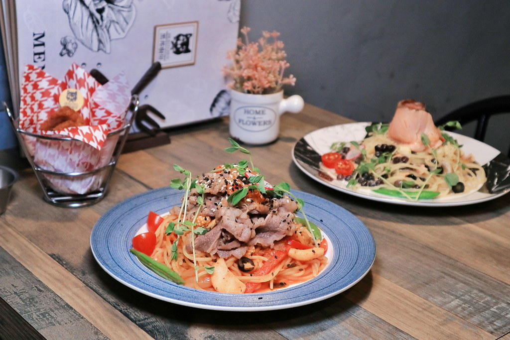【三重美食】黑邦廚房:創意珍珠義大利麵 /徐匯中學必吃 @女子的休假計劃