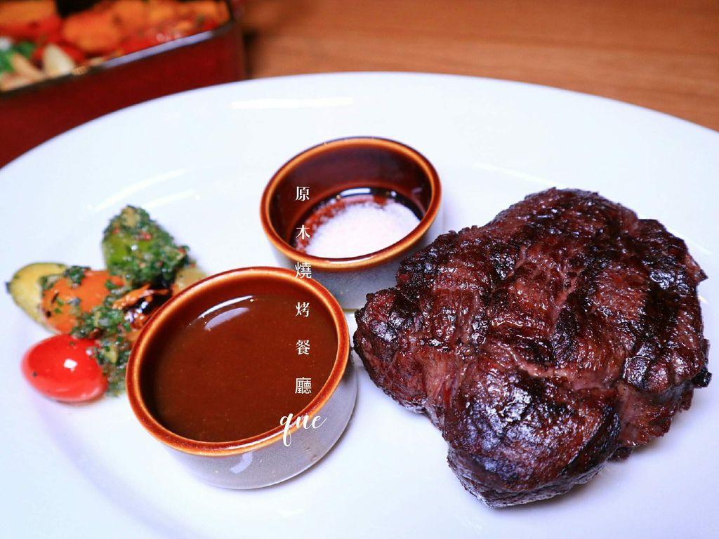 QUE原木燒烤餐廳,17樓餐廳獨攬基隆河與台北101夜景高空浪漫景緻|台北跨年餐廳 @女子的休假計劃