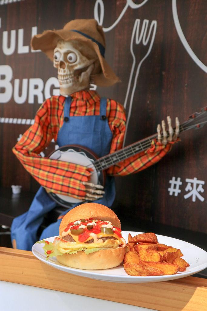 【台北早午餐】絕佳早午餐Full Burger :早晨漫步在異國他鄉,感受濃濃美式風格。 @女子的休假計劃