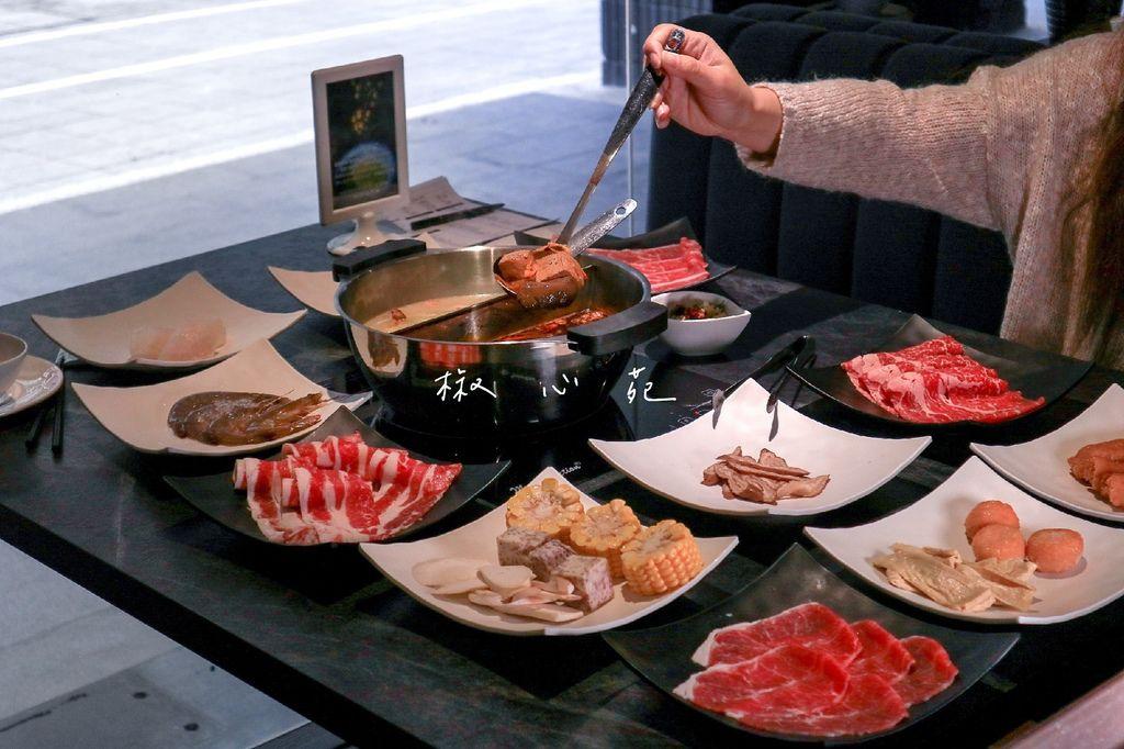 【台北吃到飽】椒心苑麻辣火鍋吃到飽:高質感澎派海鮮、時蔬、肉品,哈根達斯吃到飽。 @女子的休假計劃
