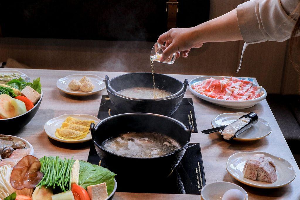 【台北火鍋】雞湯大叔信義店:講究的食材、實惠的價格,五星法式白蘭地燉雞湯超獨特! @女子的休假計劃