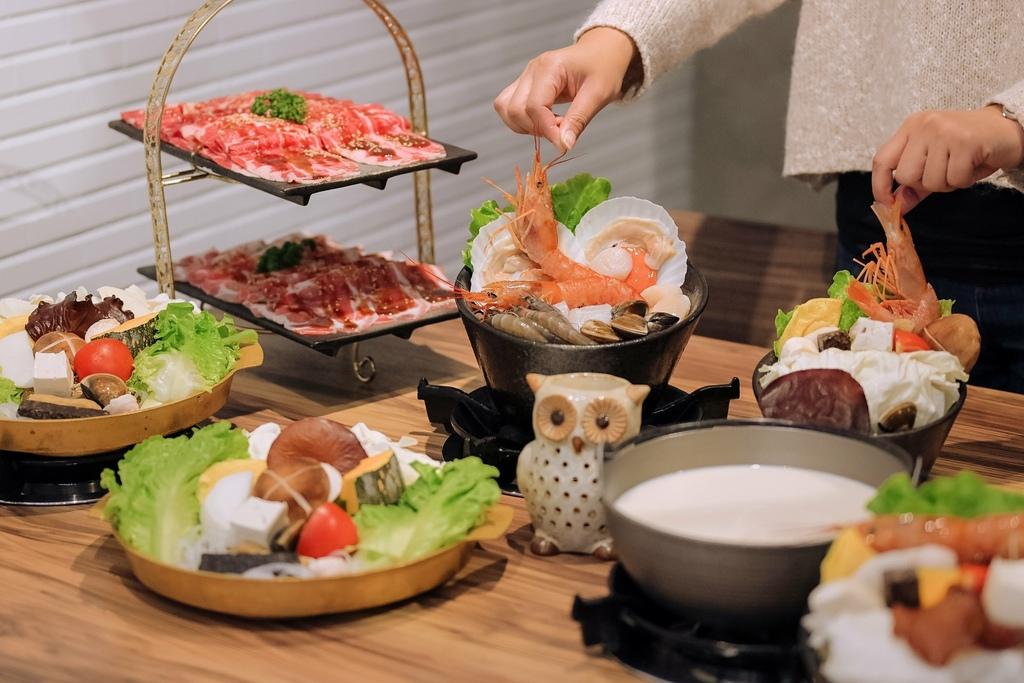 【台北美食】咕咕咕嚕 昆布火鍋 韓式銅盤烤肉 / 東區火鍋推薦 @女子的休假計劃