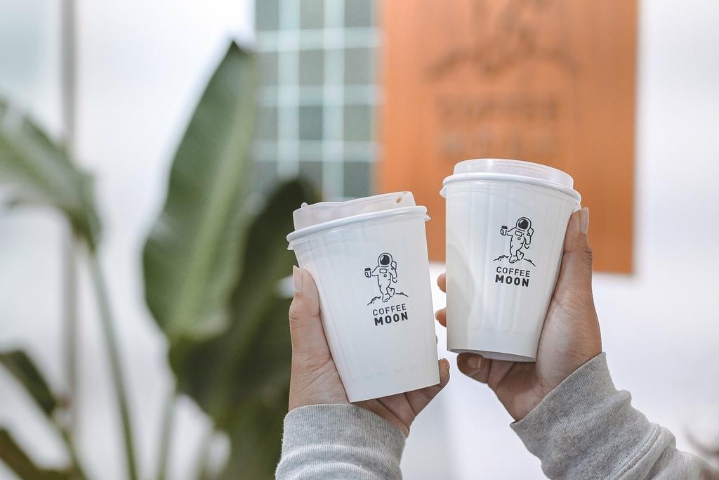 【台北不限時咖啡廳】Coffee Moon 珈琲月:外帶一杯太空人特調月之咖啡,飛向宇宙浩瀚無垠! @女子的休假計劃